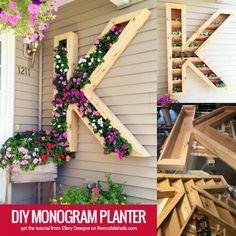 grande al aire libre plantador monograma de DIY por Ellery Dibujos de los @Remodelaholic