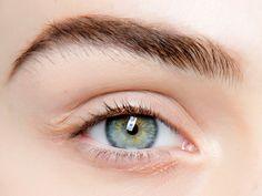 Sensible Augen? Das sind die besten Mascaras für dich!