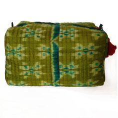 #cosmeticbag #sarisilk # bags #handmade #easter #beautiful #www.ambientarse.de