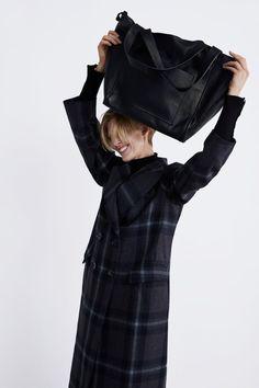 Bild 1 von LEDERSHOPPER von Zara Mantel Mit Kapuze, Jacken, Leder, Einzug, b22189b5b5
