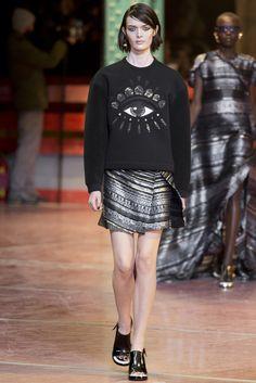 VOGUE fashion | trends | ダントツ人気のスウェットetc.。モードなプルオーバーをキャッチせよ! | 1