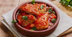Recette de Cuisses de poulet à la sauce tomate aux poivrons légère. Facile et rapide à réaliser, goûteuse et diététique.