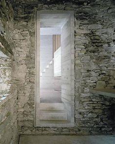 A 200 year old existing stone house in Linescio, Switzerland was renovated by Buchner Bründler Architekten with a distinctive, minimalis. Interior Architecture, Interior And Exterior, Old Stone Houses, Beton Design, Concrete Design, House Design, Rustic, Interiors, Facades