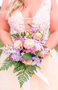 A Quirky Wedding with Alpacas and Whimsy Galore | The Perfect Palette Simple Wedding Bouquets, Flower Bouquet Wedding, Simple Weddings, Floral Wedding, Pastel Weddings, Quirky Wedding, Magical Wedding, Maryland, Spring Wedding