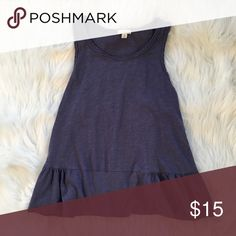 💜Gap Tank💜 💜This comfy tank looks great with jeans or jean shorts💜 GAP Tops Tank Tops