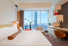 Spectacular King Room With Taipei 101 View