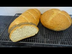 This is a lovely recipe for two small loaves of bread, flavoured with an Italian dried herb mix and some garlic powder. The flavour of the bread is wonderful. Ice Cream Photos, Bread Board, Baking And Pastry, Holiday Cakes, Gluten Free Cooking, Garlic Bread, Meals For Two, Cake Cookies, Beautiful Cakes