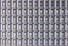 Chroniques d'Architecture | La ré-architecture d'un immeuble de bureaux seventies