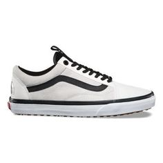 I love these vans tennis shoes.  They are great for boys and girls.  Little or big.  Perfect gift for Christmas. #vans #christmas #teenboys #teen girls #Saltylashes