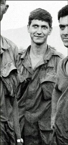 Virtual Vietnam Veterans Wall of Faces | CHARLES J MILBRANDT | ARMY