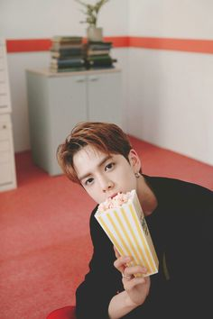 Younghoon || the boyz Kim Young, Bloom Baby, Chapter 33, Instyle Magazine, Cosmopolitan Magazine, Kim Woo Bin, Most Handsome Men, Handsome Boys, Flower Boys