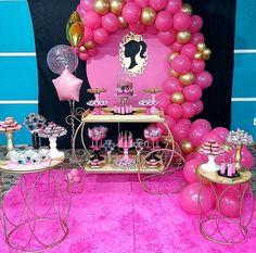 Barbie Birthday Party, Birthday Parties, Barbie Party Decorations, Bolo Barbie, Barbie Theme, Barbie Images, Princess Party, Kids Decor, Birthdays