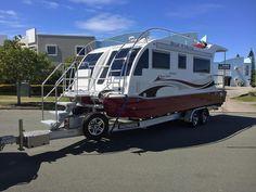 trailerable-houseboat-custom-aluminum-trailers