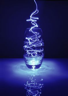 Light painting in a empty vase