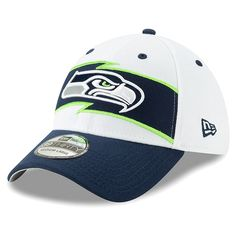 Men s Seattle Seahawks New Era White College Navy Thanksgiving 39THIRTY Flex  Hat 42ba831e9