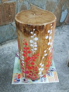 tree stump fairy house for my secret garden at the log cabin secret garden Tree Stump Table, Tree Stumps, Painted Furniture, Diy Furniture, Wood Stumps, Diy Fire Pit, Backyard For Kids, My Secret Garden, Home And Deco