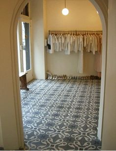I wish I had the patience to add patterns to my floors