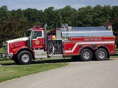 Fire Tanker | Pierce Elliptical Tanker: The workhorse with ultimate stability. | Piercemfg.com