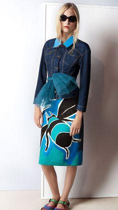 Burberry Prorsum Womenswear Spring/Summer 2015 show | Burberry Dropped Shoulder Denim Jacket with Patent Trim