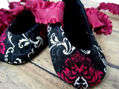 Damask Baby Shoes...if it's a girl<3