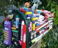 There's a mailbox for everybody! For the kindergarten teacher who can't seem ...  urlesque.com