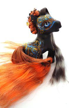 My little pony custom Caos Regina by AmbarJulieta