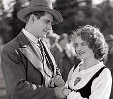 Urho Somersalmi and Helena Koskinen in Tukkipojan Morsian (1931)