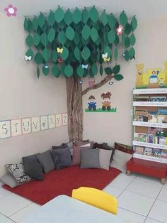 reading area in classroom Classroom Setting, Classroom Displays, Classroom Setup, Classroom Design, Future Classroom, Classroom Organization, Reading Corner Classroom, Reading Corner Kids, Reading Tree