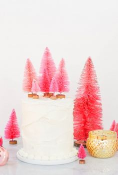 DIY \\ Bottlebrush Tree Cake Toppers