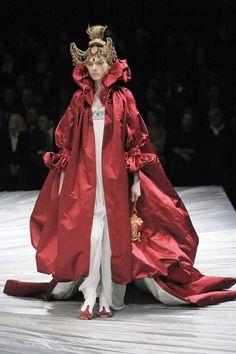 Finale dress of Alexander McQueen fall/winter 2008. - red priestess