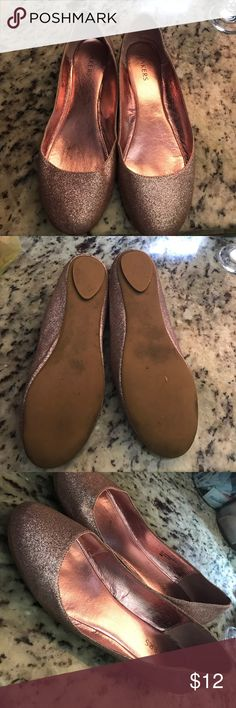 Sparkly pink flats Worn but still in good shape bakers flats. No offsite purchases Bakers Shoes Flats & Loafers