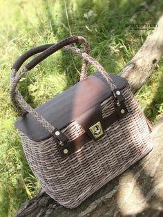 Balmain Bag, Ethnic Bag, Paper Weaving, Jane Birkin, Paper Basket, Vintage Purses, Michael Kors Hamilton, Hermes Kelly, Handicraft