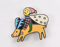 "Christmas Charity Badges designed by ""minä perhonen"" at Matsuya Ginza store | 銀座松屋クリスマスチャリティーオリジナルピンバッジド「ミナ・ペルホネン」皆川明氏デザイン (2010)"
