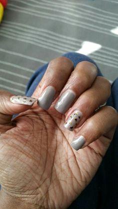 Leopard ring finger nails
