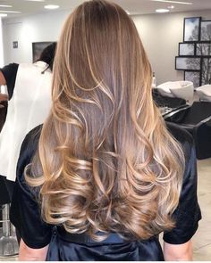 Over 70 beautiful balayage hairstyles - the most beautiful hairstyles for balayag . - Over 70 beautiful balayage hairstyles – the most beautiful hairstyles for balayage and ombre hair - Ombre Hair Color, Hair Color Balayage, Brown Hair Colors, Blonde Balayage, Hair Highlights, Honey Balayage, Haircolor, Brunette Blonde Highlights, Balayage Hairstyle