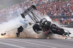Larry Dixon Drag Racer | Larry-Dixon-crashes-after-his-car-broke-in-half-during-qualifying-for ...