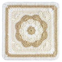 Harriet Square 12'' Top 10 FREE granny square patterns by The Lavender Chair.