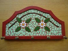 Porta chaves com mosaico flores com 5 ganchos