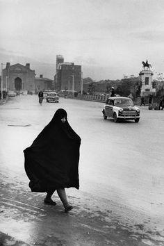 Woman in the main avenue of Teheran, 1955 Marc Riboud, Vintage Photography, Street Photography, Vietnam, Iran Pictures, Teheran, The Shah Of Iran, Tehran Iran, Persian Culture