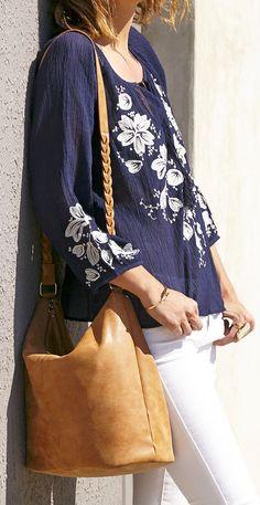 Cognac bucket bag with braided shoulder straps