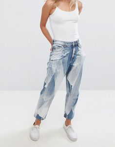 Buy Multicolored Monki High waist jeans for woman at best price. Compare Jeans prices from online stores like Asos - Wossel Global Refaçonner Jean, Jean Diy, Jeans Refashion, Diy Clothes Refashion, Denim Ideas, Denim Trends, Latest Fashion Clothes, Fashion Outfits, Fashion Online