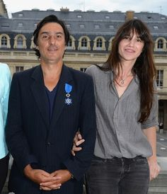 Charlotte Gainsbourg Chic