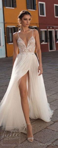 Stunning Beach Wedding Dress 2018 Ideas To Makes You Comfortable 23