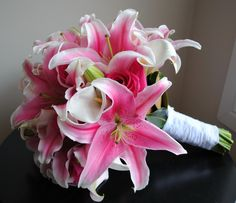 20.Oriental Lily, Rose and Calla Lilly Premium Bridal Bouquet