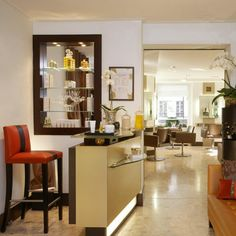 Salon de #coiffure et #spa du cheveu @Leonor Greyl Paris #Paris. #Soins #capillaires sur mesure en cabine. http://www.spa-etc.fr/lieux/l-institut-leonor-greyl,383.html @Spa_Etc