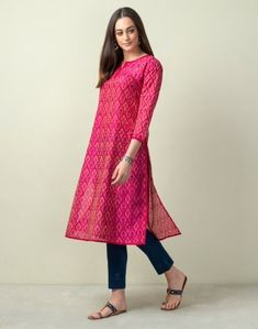 Silk Kurti Designs, Simple Kurta Designs, Kurta Designs Women, Kurti Designs Party Wear, Stylish Summer Outfits, Stylish Dresses, Stylish Jeans, Long Skirt Top Designs, Western Dresses For Girl