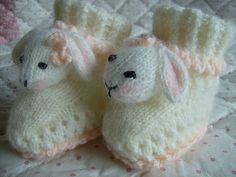 Ravelry: Little Bunny Baby Bootees/Slippers 0 - 4 yrs pattern by Abigail Originals