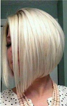 Silver White Hair, White Blonde Hair, Long Bob Hairstyles, Pretty Hairstyles, Medium Hair Styles, Short Hair Styles, Bob Haircut For Fine Hair, Corte Bob, Pelo Bob