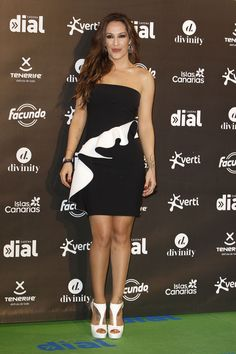 La cantante Malú en los Premios Dial