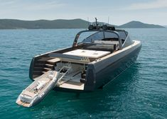 Foster + Partners combines the cruising yacht with the day boat to create Alen 68 vessel.